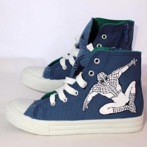 Zapatillas decoradas a mano - spiderman - lápiz creativo