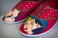 Pop art - Zapatillas pintadas a mano - Zapatillas decoradas - lápiz creativo