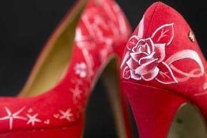 Zapatos rojos pintados a mano - Zapatos de novia - zapatos personalizados - lápiz creativo