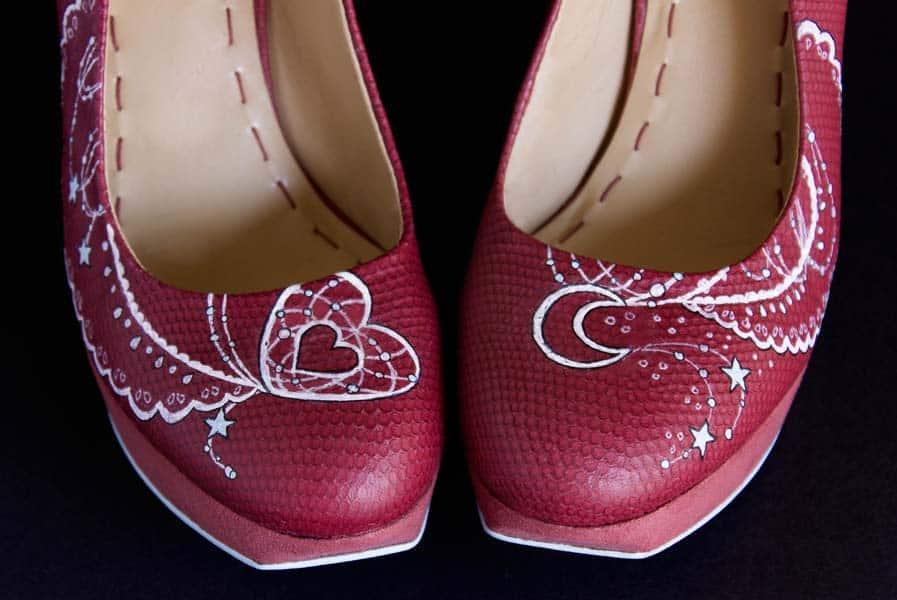 Zapatos de tacón - zaaptos de boda - pintado a mano - lápiz creativo