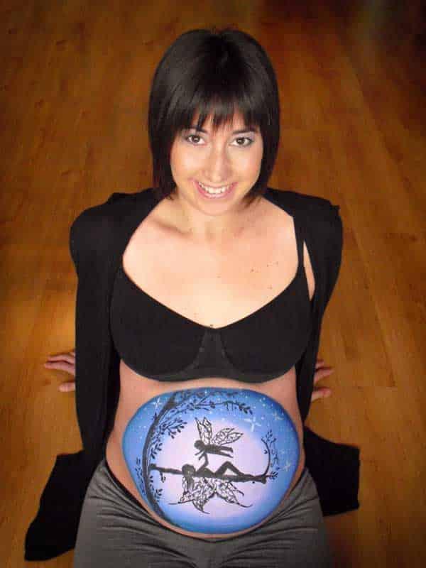 Embarazo - Pintando su tripa - belly painting - lápiz creativo