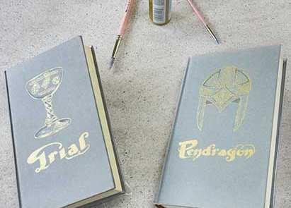 Regalos Originales _ Portadas de libros Pintadas a mano _ Ciclo Pendragon _ Lapiz Creativo
