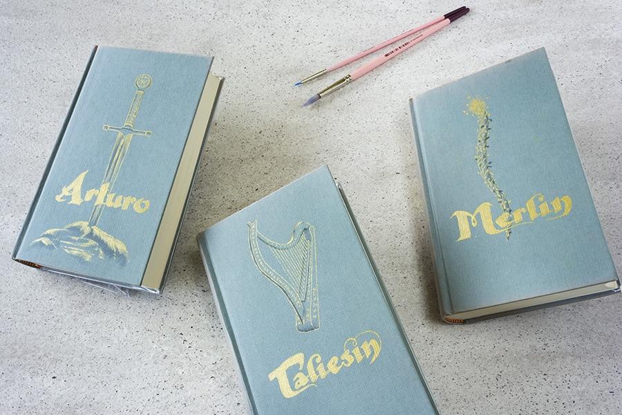 Regalos Originales _ Portadas de libros Pintadas a mano _ Ciclo Pendragon_ Arturo _ Lapiz Creativo