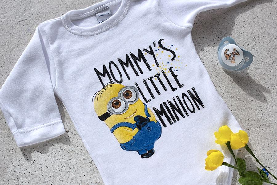 Regalos bebés _ body minon _ mamas primerizas _ lapizcreativo
