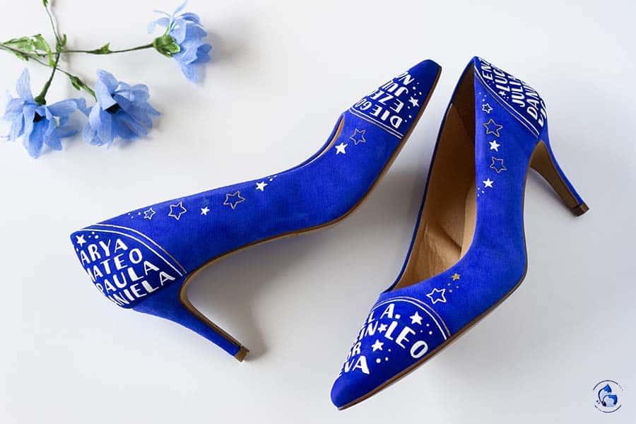 Regalos para profes - Zapatos decorados nombre de los niños